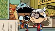 S4E13 Lincoln and Clyde calculate the jar contents