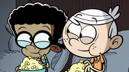 S2E17A Linc and Clyde eating popcorn again