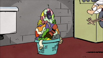 S1E01A pile of laundry