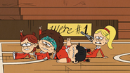 S3E06A Thumbs up