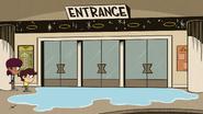 S4E13 Flooding doors