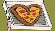 S3E09B Heart shaped pizza