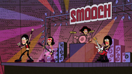 S1E13A SMOOCH concert starting