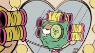 S03E20B Cucumber eyes