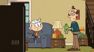 S03E23A Lincoln unimpressed
