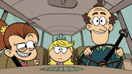 S03E23A Driving to the shop