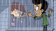 S1E07B Luna mengusir Bobby