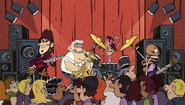 S2E02B Pop Pop memainkan saksofon di atas panggung