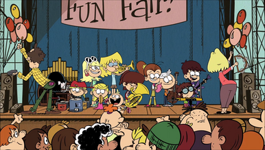 S1E17A Loud family band