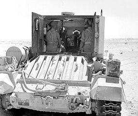 IWM-E-17435-Bishop-SP-gun-19420925