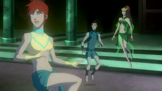 Young-Justice-01x08-Downtime-11
