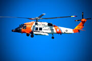800px-HH-60 Jayhawk by US Coast Guard