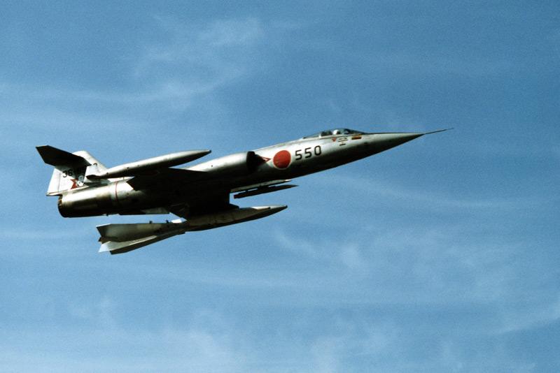 IJAF-F-104J