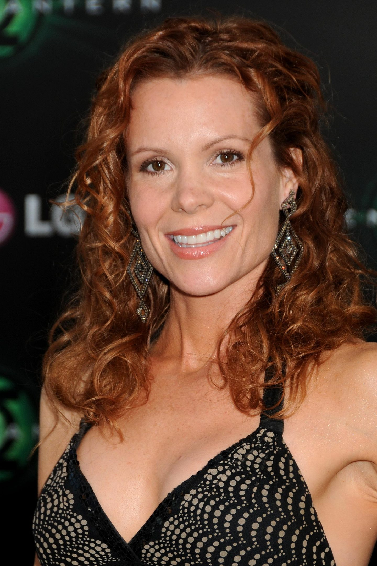 Robyn Lively not quite human