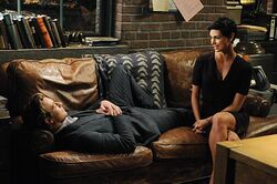 Morena-baccarin-on-the-mentalist 500x332