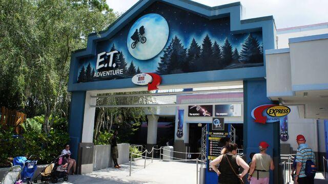 File:Universal Studios E.T. Adventure.jpg