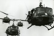 Bell-uh-1h-iroquois-huey p1