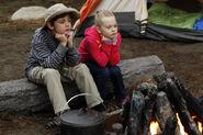 Camping 02 Max Charles Isabella Cramp