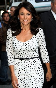 Julia-louis-dreyfus-late-show-with-david-letterman-02