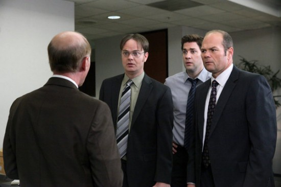 File:The-Office-Turf-War-Season-8-Episode-23-3-550x366.jpg