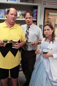 The-Office-Season-9-Episode-5-Here-Comes-Treble-7