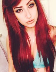 Allison-green-hair-1-500x640