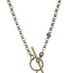 Ariana's Necklace on Season 2