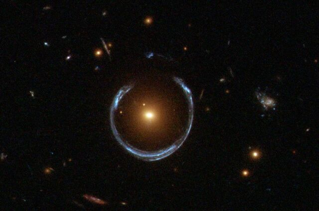 File:A Horseshoe Einstein Ring from Hubble.JPG