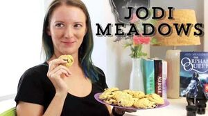Epic Author Facts Jodi Meadows The Orphan Queen-0