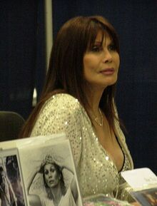 BarBara Luna at WonderCon 2009 1