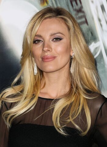 File:Bar-paly-at-non-stop-premiere-in-los-angeles 1.jpg