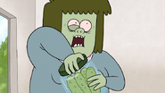 S7E25.041 Muscle Man Opens the Pickle Jar