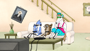 S6E21.105 Mordecai, Rigby, and Party Horse Eating Their Snacks