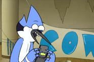 S4E10-Mordecai and his phone