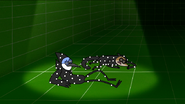 S7E07.089 Mordecai and Rigby Waking Up Wearing Motion Capture Suits