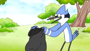 Sh01E01.005 Mordecai sets him up