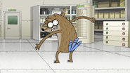 S8E17.044 Rigby with Mordecai's Butt