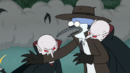 S8E19.223 Vampires Biting Mordecai