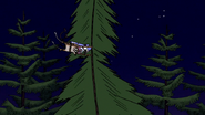 S4E32.113 Rigby Grabbing a Tree