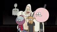 S5E36.101 Once Muscle Man told us, we couldn't miss it!