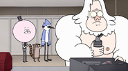 S7E31.123 Skips Found His Electric Nose Hair Trimmer