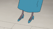 S6E28.031 Margaret's Shoes