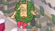 S6E08.149 Thomas Putting a Wreath Around His Head
