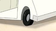 S4E24.079 Extra-bald, No-Friction Tires