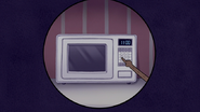 S5E20.030 Setting the Microwave Clock Wrong