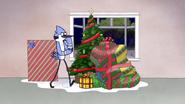 S6E09.106 Mordecai Deciding What Gift to Get
