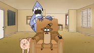 S7E13.113 Mordecai, Rigby, and Apple Sauce Watching the News