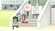 S7E25.031 Muscle Man out