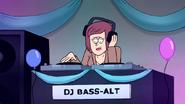S7E27.088 DJ Bass-Alt