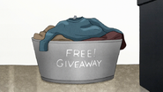 S7E29.065 Free! Giveaway Bucket